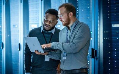 Hybrid Cloud Approach for Data Management